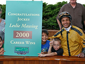 Win Number 2,000 for Jockey Mawing