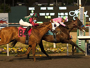 Liaison wins the 2011 CashCall Futurity.