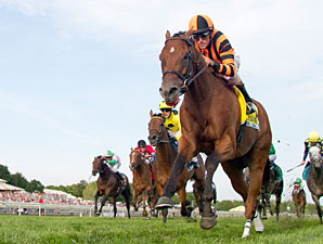 Little Mike Milks Arlington Million Win