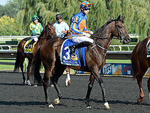 Magician before the 2014 Arlington Million.