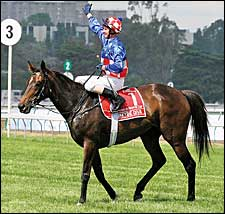 Makybe Diva Changes from Encosta de Lago to Fusaichi Pegasus