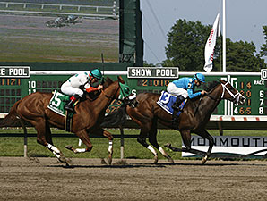 Maple Forest wins the 2012 Red Cross Stakes.