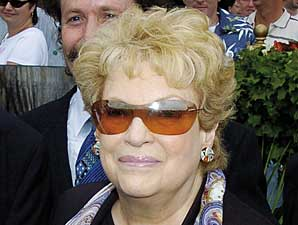 Breeder/Owner Marjorie Cowan Dies
