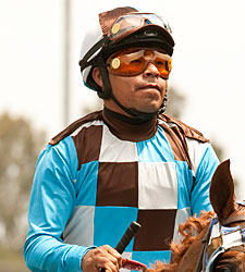 Martin Garcia Inherits Mount on Game On Dude