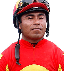 Jockey Garcia Thrown From Mount