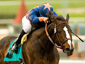 Matto Mondo wins the 2009 Thunder Road.