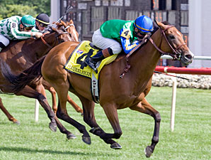 Mauralakana takes control in the Beverly D.