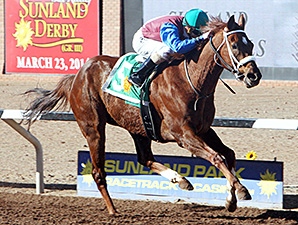 Mr Wizard wins the New Mexico State University Handicap.