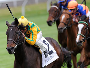 Never Retreat wins the 2011 Jenny Wiley.