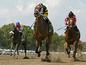 Out Of Respect wins the 2010 Select Stakes.