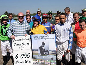 Jockey Ouzts Joins Elite 6,000-Win Club