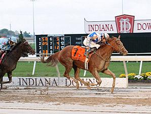 Pure Fun wins the 2013 Indiana Oaks.