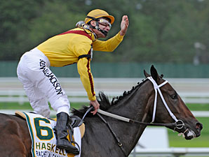Rachel Alexandra wins the 2009 Haskell.