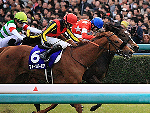Red Reveur Upsets Hanshin Juvenile Fillies