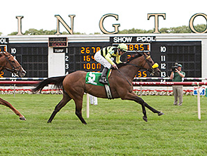 Saint Leon wins the 2014 Arlington Sprint Stakes.