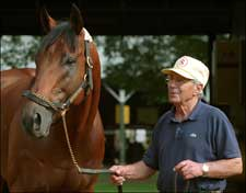 Hall of Fame Trainer Scotty Schulhofer Dead at 80