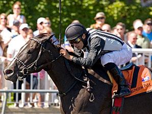 Secret Kin wins the 2010 Isaac Murphy.