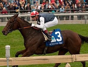 Siyouma wins the E. P. Taylor Stakes.