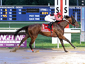 Snappy Girl wins the 2015 Louisiana Legends Mademoiselle Stakes.
