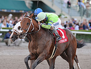 Sr. Quisqueyano wins the 2015 Florida Sunshine Millions Classic Stakes.