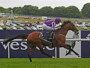 Third Coronation Win for St Nicholas Abbey
