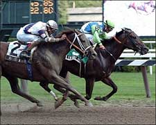 Stormy Kiss Lasts to Wire in Honorable Miss