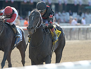 Street Story wins the 2014 Victory Ride Stakes.