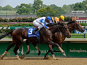 Successful Dan wins the 2009 Northern Dancer.