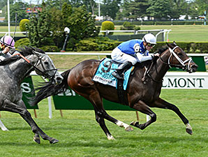 Tepin wins the 2015 Just a Game Stakes.