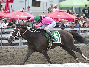 Title Contender wins the British Columbia Derby.