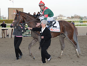 Toby's Corner wins the 2011 Wood Memorial.