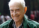 Hall of Fame Trainer Tommy Kelly Dies at 93