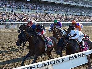 Fan Group Critical of Belmont Day Experience