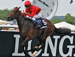 Treve wins the Prix de Diane Longines.