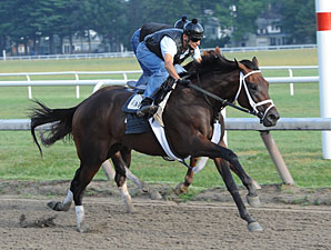Uncle Mo Works Bullet Five Furlongs