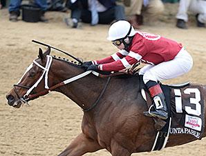 Untapable wins the 2014 Longines Kentucky Oaks