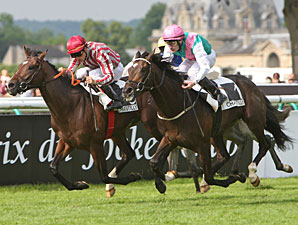 Clear 'Vision' in Prix du Jockey-Club