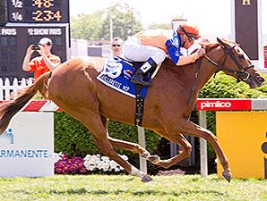 Zagora wins the 2012 Gallorette.