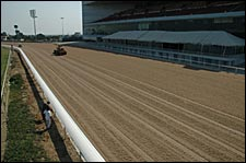 MEC Selects Cushion Track for Santa Anita