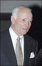 Former Tartan Farm Owner James Binger Dies