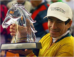 Pincay Receives Second Big Sport of Turfdom Award