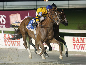 Backtalk Looks to Follow Smarty's Hoofprints