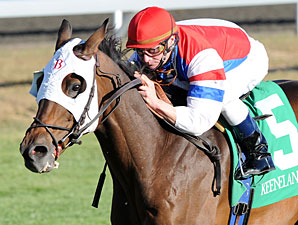 Brass Hat to Be Honored at Churchill May 28
