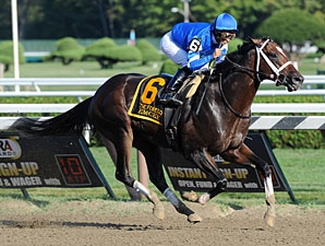 Emcee Hammers Forego Foes at Saratoga