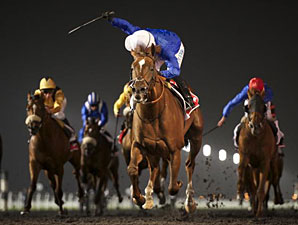 Hunter's Light Pounces in Maktoum Challenge