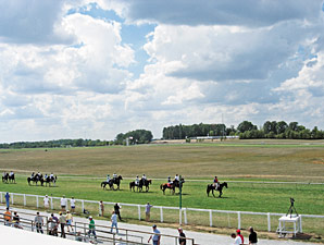 More Stakes, Higher Purses at Kentucky Downs