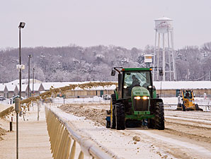 Live Racing Canceled at Aqueduct, Laurel