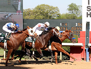 Sadler, Line of David Upset Arkansas Derby