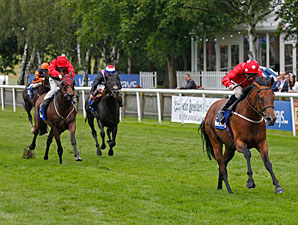 Mayson Wires Field to Upset Darley July Cup