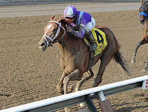 Princess of Sylmar Crowned Queen of Alabama